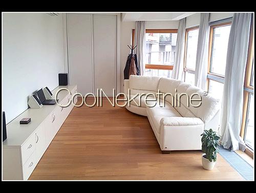 Stan 91m² Dorćol